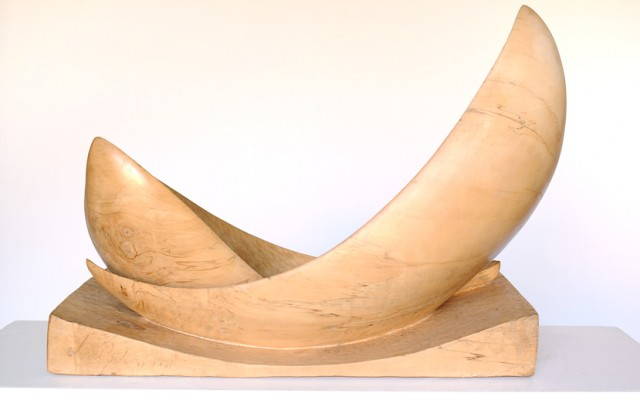 LE BOIS Aller chercher la forme à l'intérieur de la matière. Révéler le bois dans toute sa beauté, donner envie de caresser la matière… Passer la souris sur la photo […]